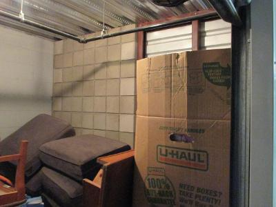 Las Vegas  Self Storage Auction #107592 - Image 3 boxes / totes,furniture