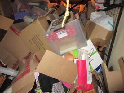 Las Vegas  Self Storage Auction #107614 - Image 7 boxes / totes,clothing,furniture,mattress