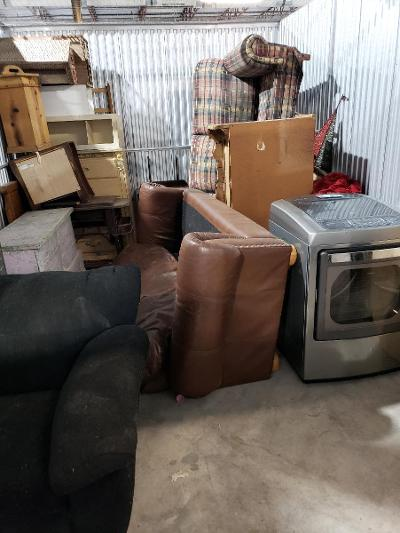 Texas City  Self Storage Auction #177683 - Image 3 appliances,furniture,home goods,mattress