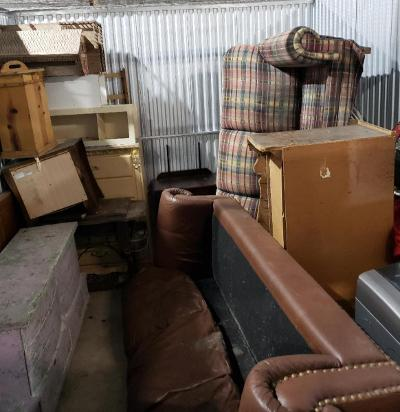 Texas City  Self Storage Auction #177683 - Image 1 appliances,furniture,home goods,mattress