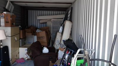 Port St. Lucie  Self Storage Auction #86790 - Image 5 appliances,boxes,clothing,furniture,lamps,mattress