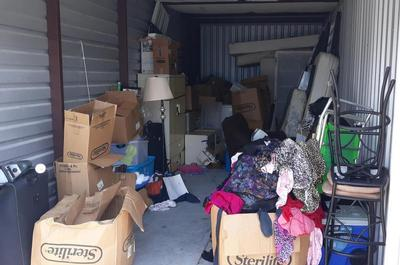 Port St. Lucie  Self Storage Auction #86790 - Image 1 appliances,boxes,clothing,furniture,lamps,mattress