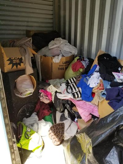 Yuba City  Self Storage Auction #92026 - Image 1 bedding,books,boxes,clothing,electronics