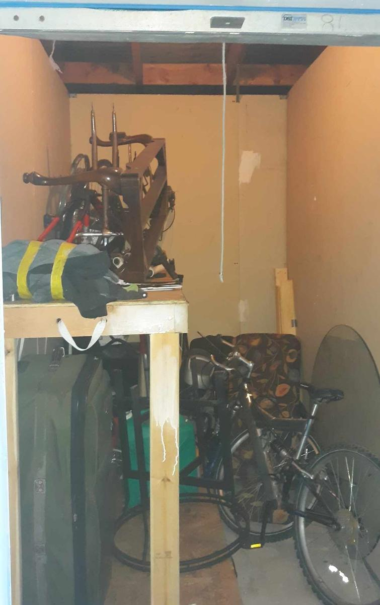 Riverside  Self Storage Auction #101606 - Image bicycle,shelves,sports equipment