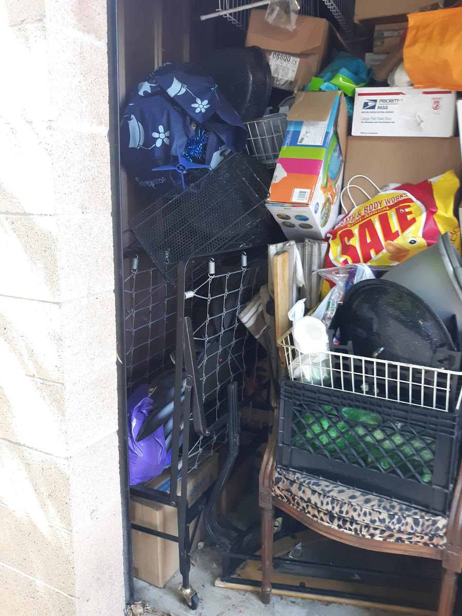 Self Storage Auction #102274 - Image 3