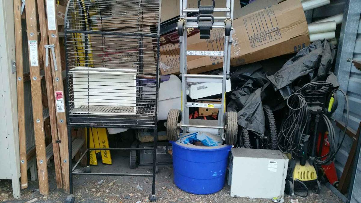 Self Storage Auction #104193 - Image 2 bicycle,boxes / totes,outdoor goods,tools