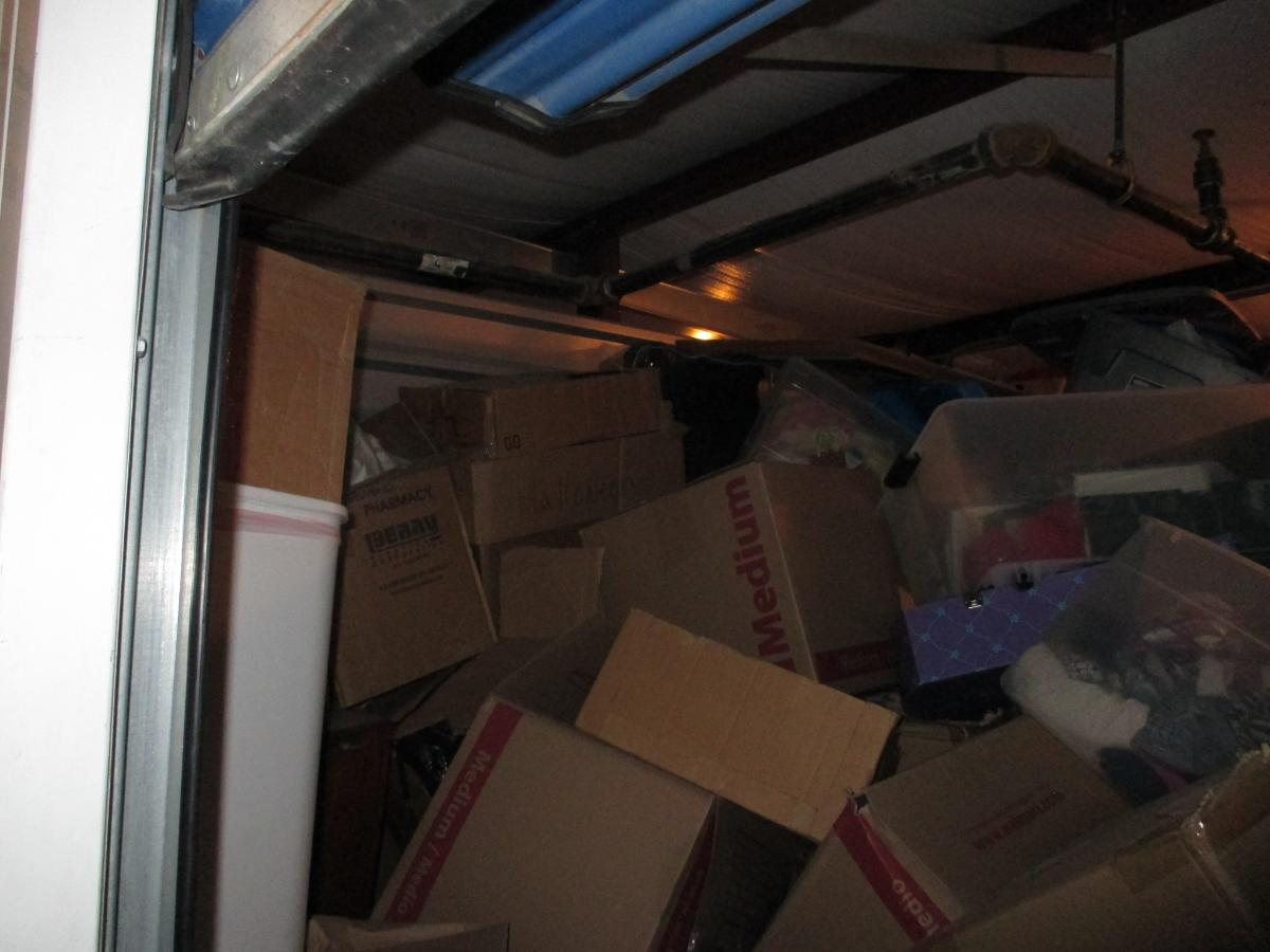 Self Storage Auction #107614 - Image 2 boxes / totes,clothing,furniture,mattress