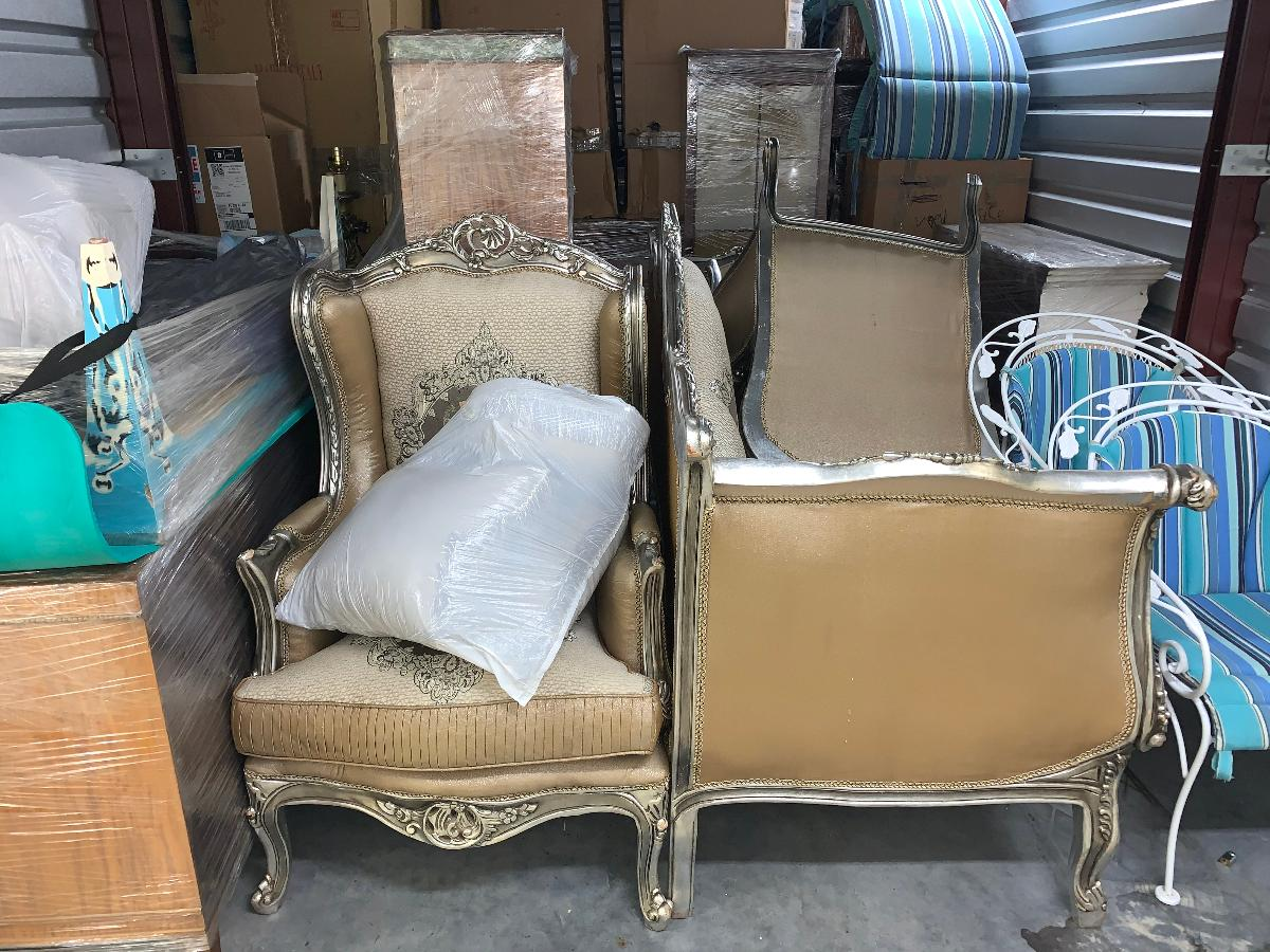 Naples  Self Storage Auction #123743 - Image boxes / totes,furniture
