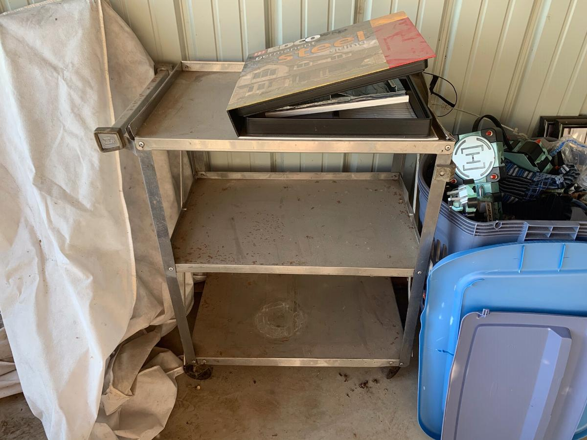 Self Storage Auction #156702 - Image 19 clothing,collectibles,electronics,games,home goods,lamps,memorabilia,sports equipment,toys / baby items