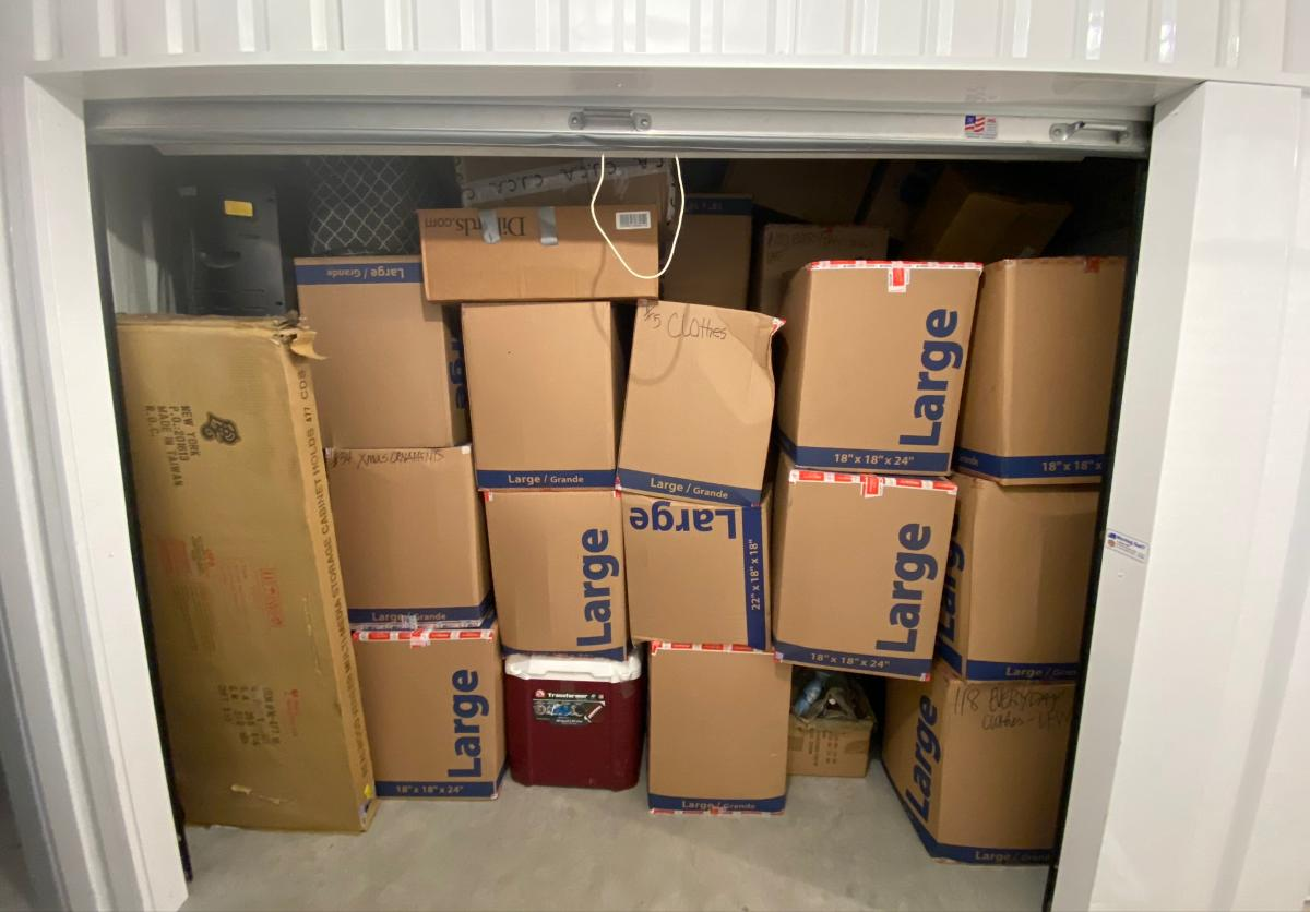 Humble  Self Storage Auction #158205 - Image boxes / totes,home goods
