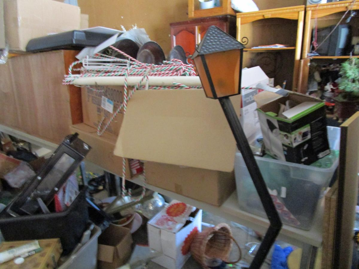 Self Storage Auction #158241 - Image 12 antiques,boxes / totes,cabinet,electronics,furniture,games,holiday decor,home goods,jewelry,kitchenware,lamps,movies / music,office equipment,outdoor goods,shelves,sports equipment,tools,toys / baby items,wall art