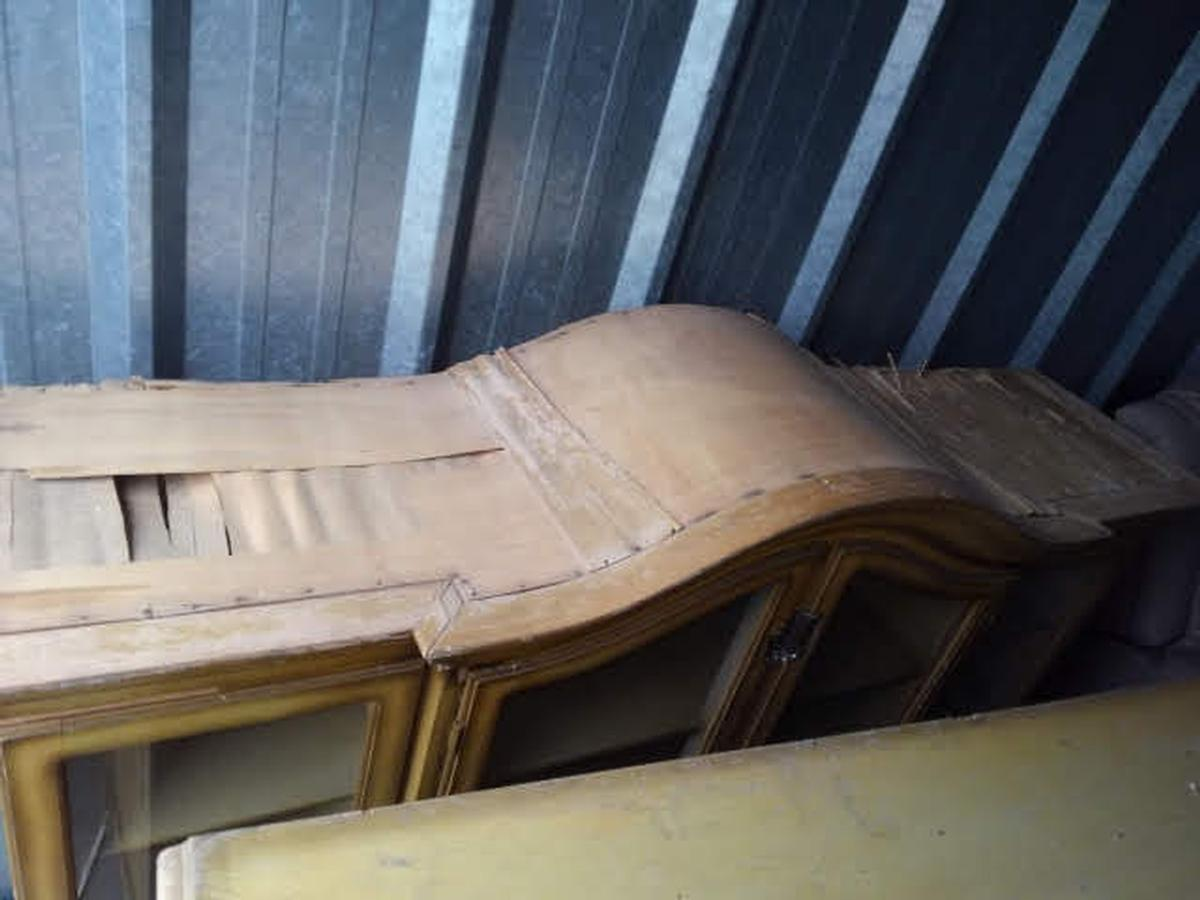 Self Storage Auction #64183 - Image 3 furniture