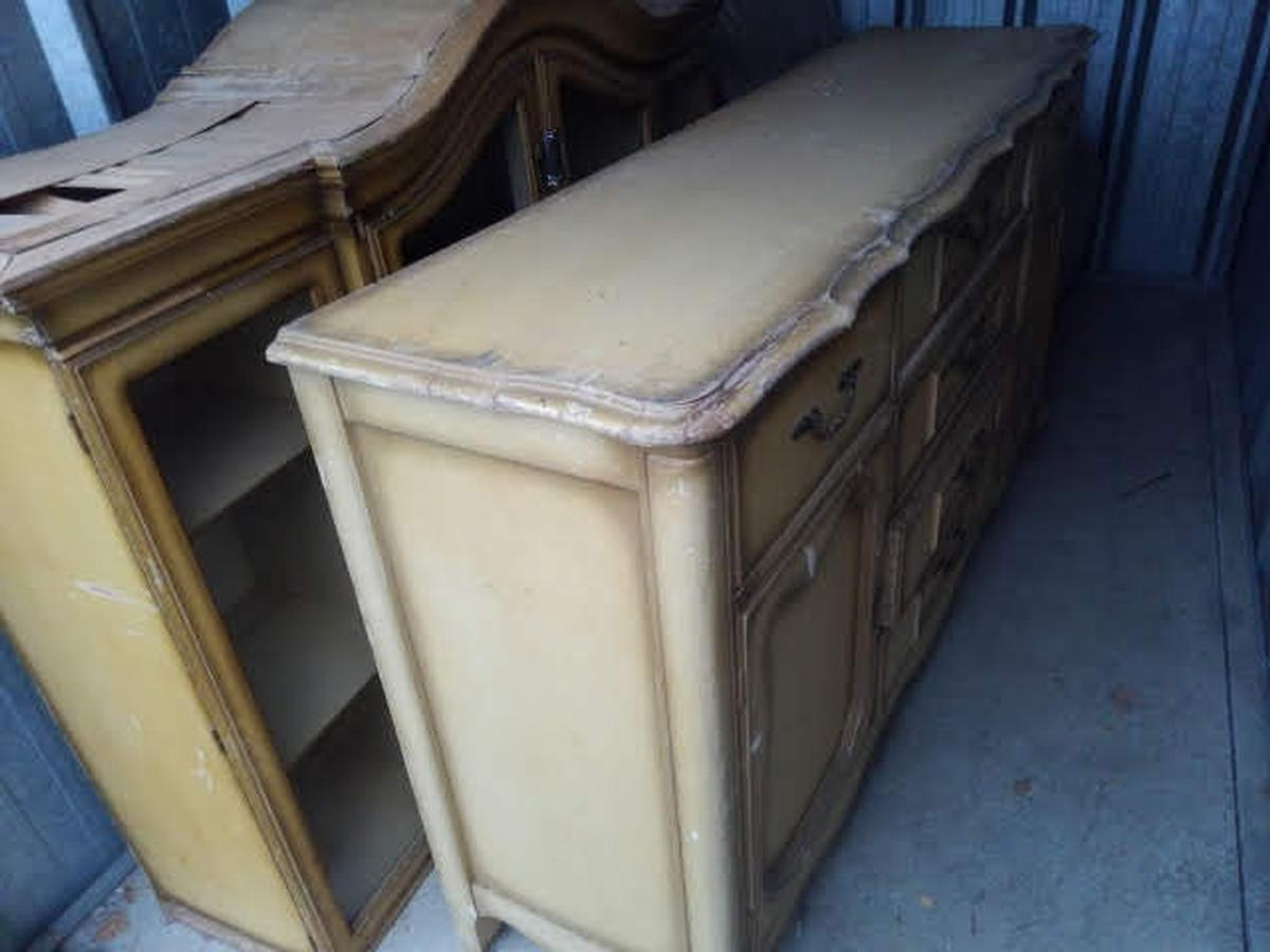 Self Storage Auction #64183 - Image 2 furniture