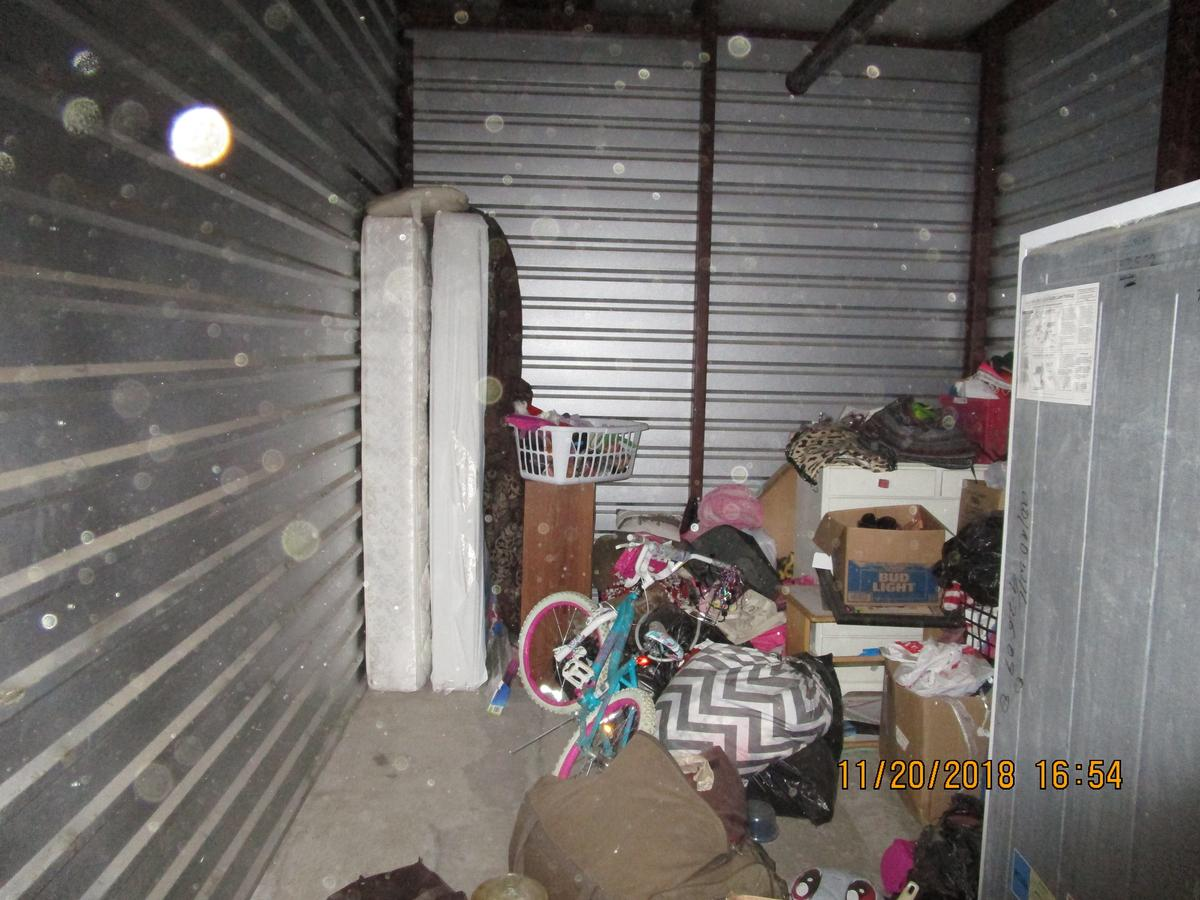 Self Storage Auction #70892 - Image 3 appliances,bicycle,boxes,clothing,furniture,mattress