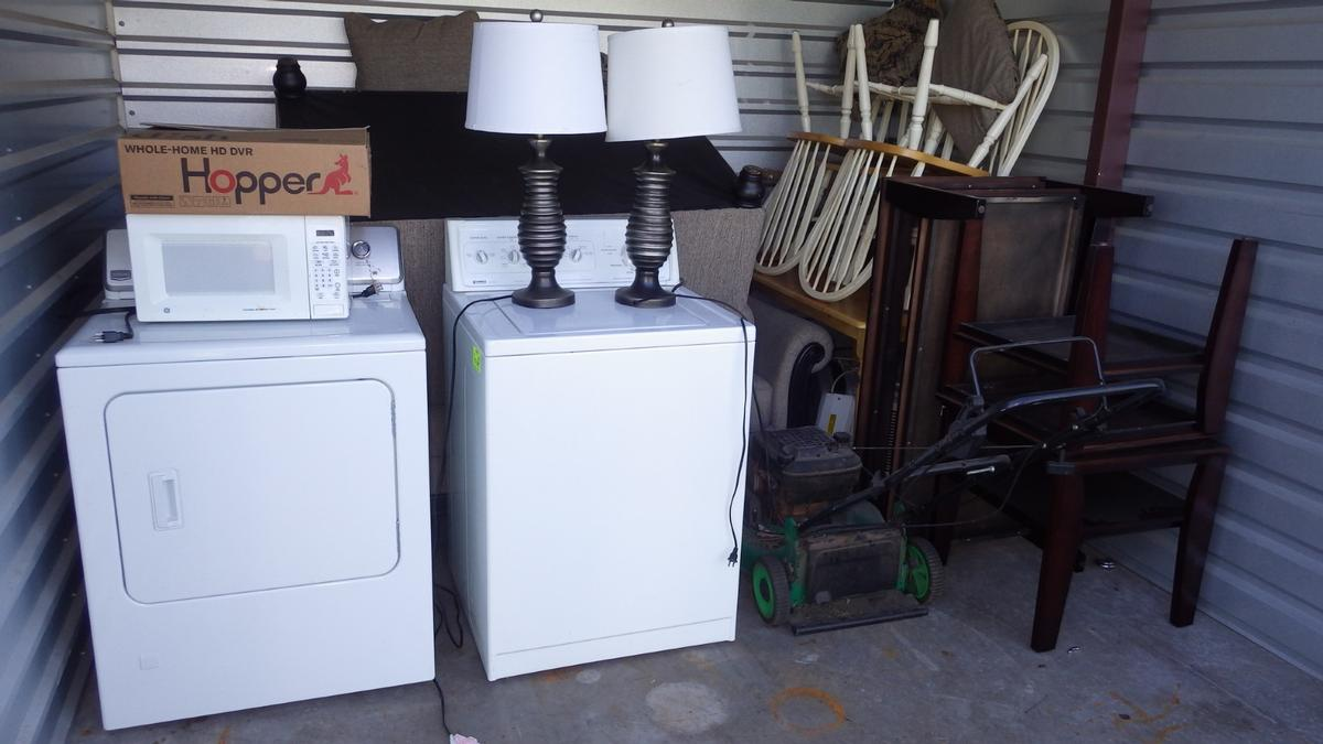 Self Storage Auction #91107 - Image 2 appliances,furniture,sports & outdoors