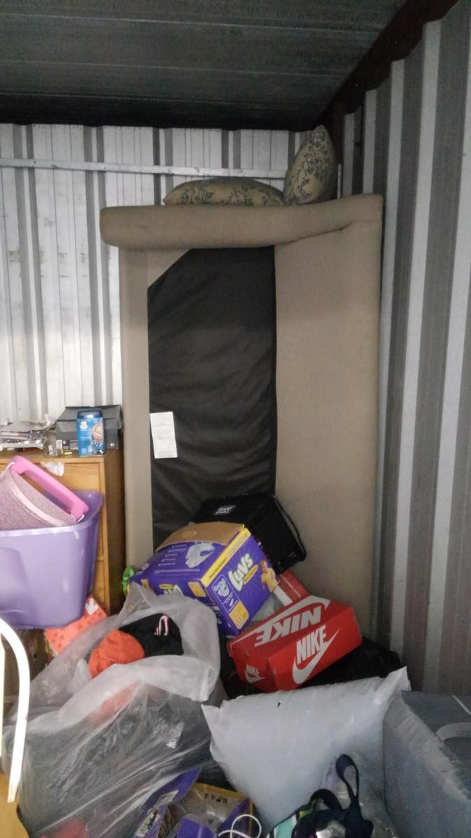 Self Storage Auction #93114 - Image 5 boxes,clothing,collectibles,furniture,lamps